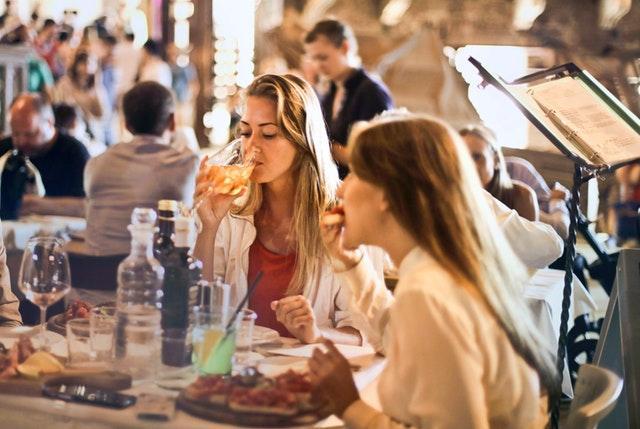 Middag med Lina och Cecilia